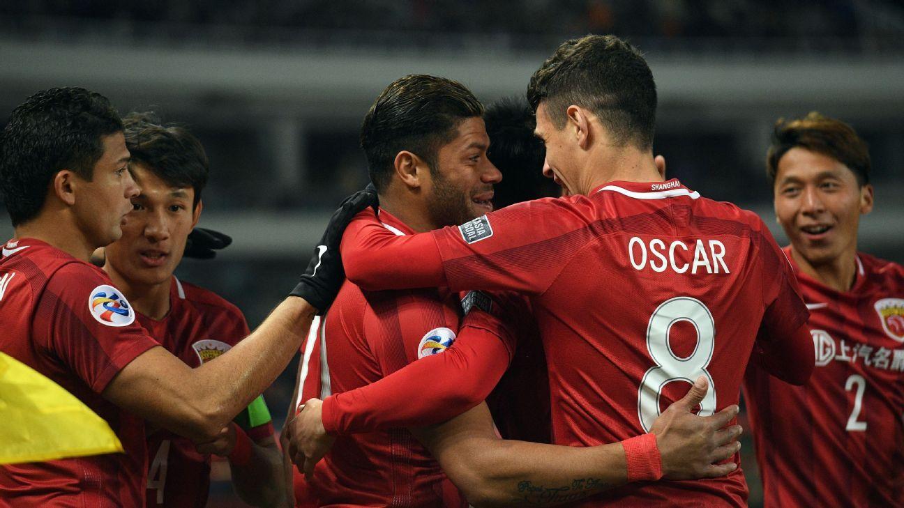 Oscar and Hulk celebrate for Shanghai SIPG