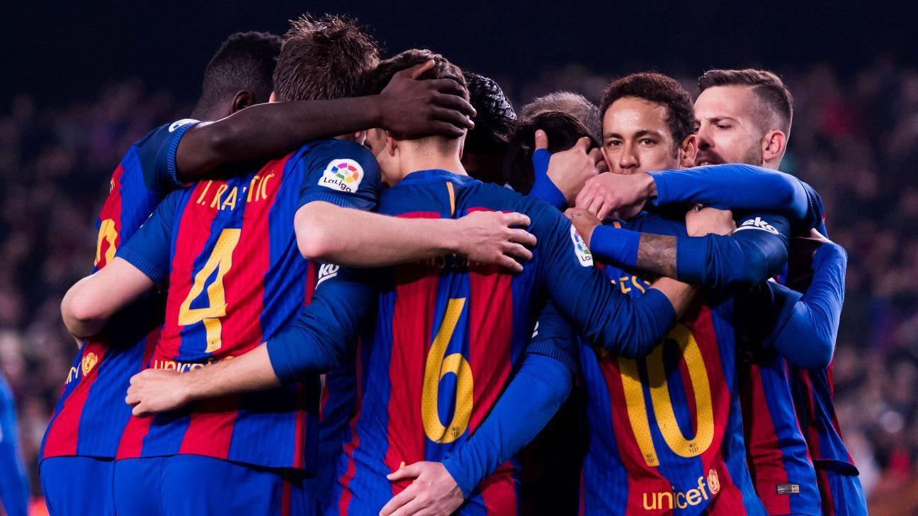 Barcelona huddle