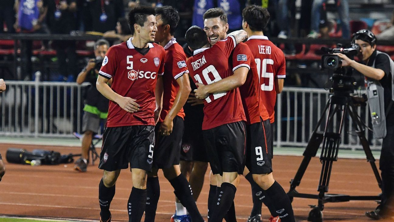 Xisco of Muang Thong celebrates ACL goal