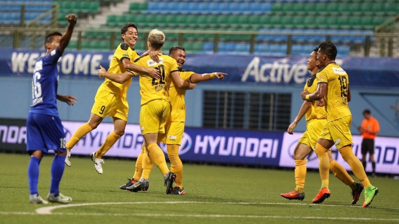 Ivan Dzoni scored the first goal for Tampines Rovers.