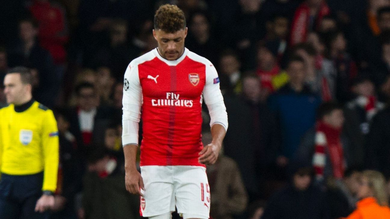 Alex Oxlade-Chamberlain faces an uncertain future at Arsenal.