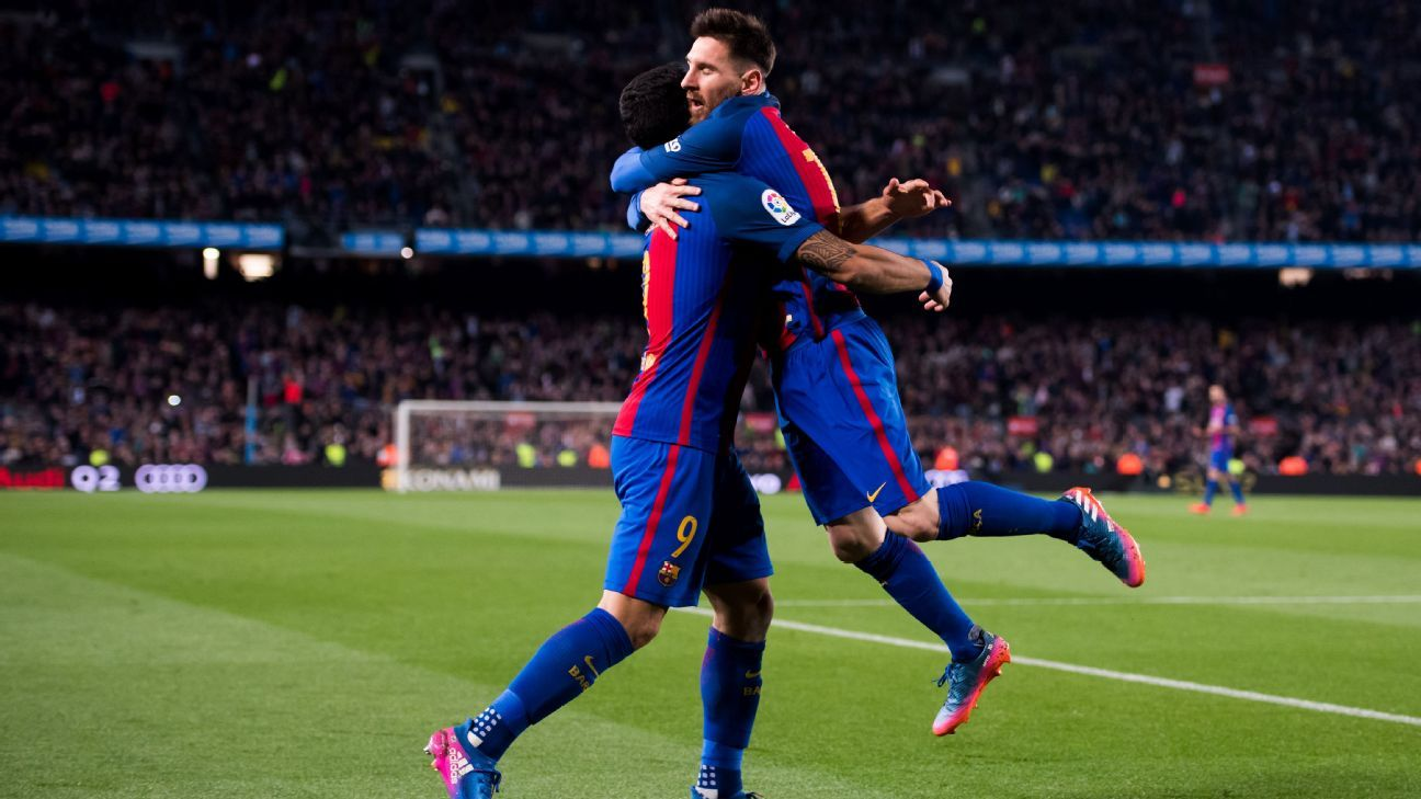 Lionel Messi was twice on target as Barcelona claimed three points.