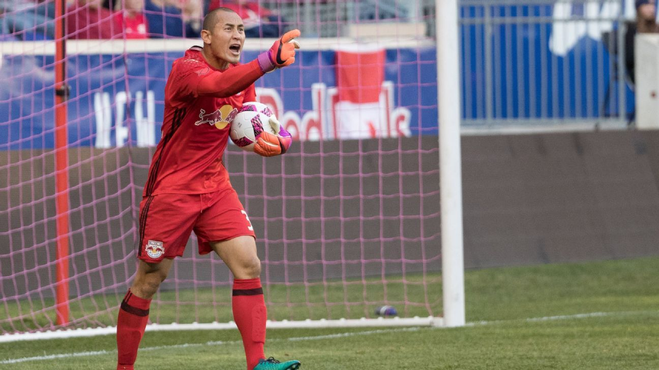 New York Red Bulls name Luis Robles as new club captain