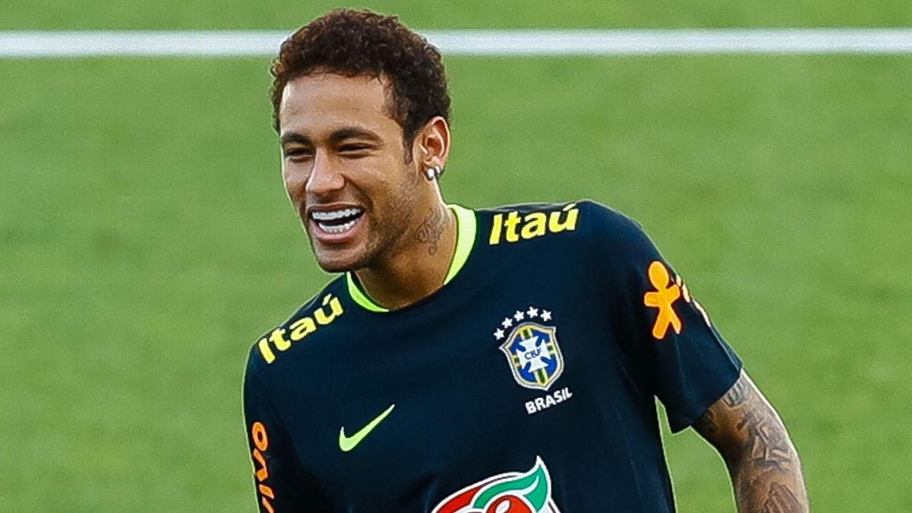Neymar training with Brazil