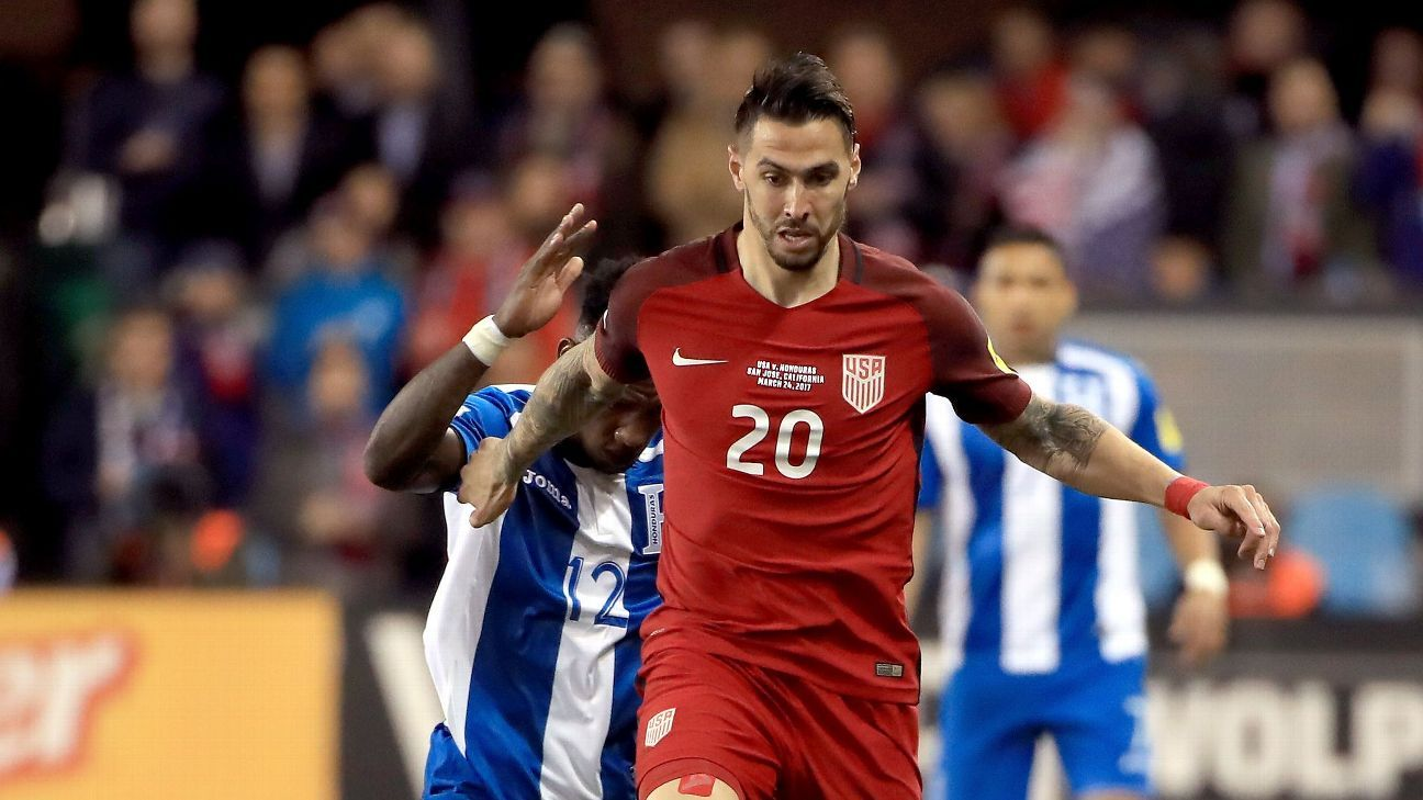 Geoff Cameron was forced into duty at right back for the U.S., but his long-term role is somewhere in the middle of the pitch.
