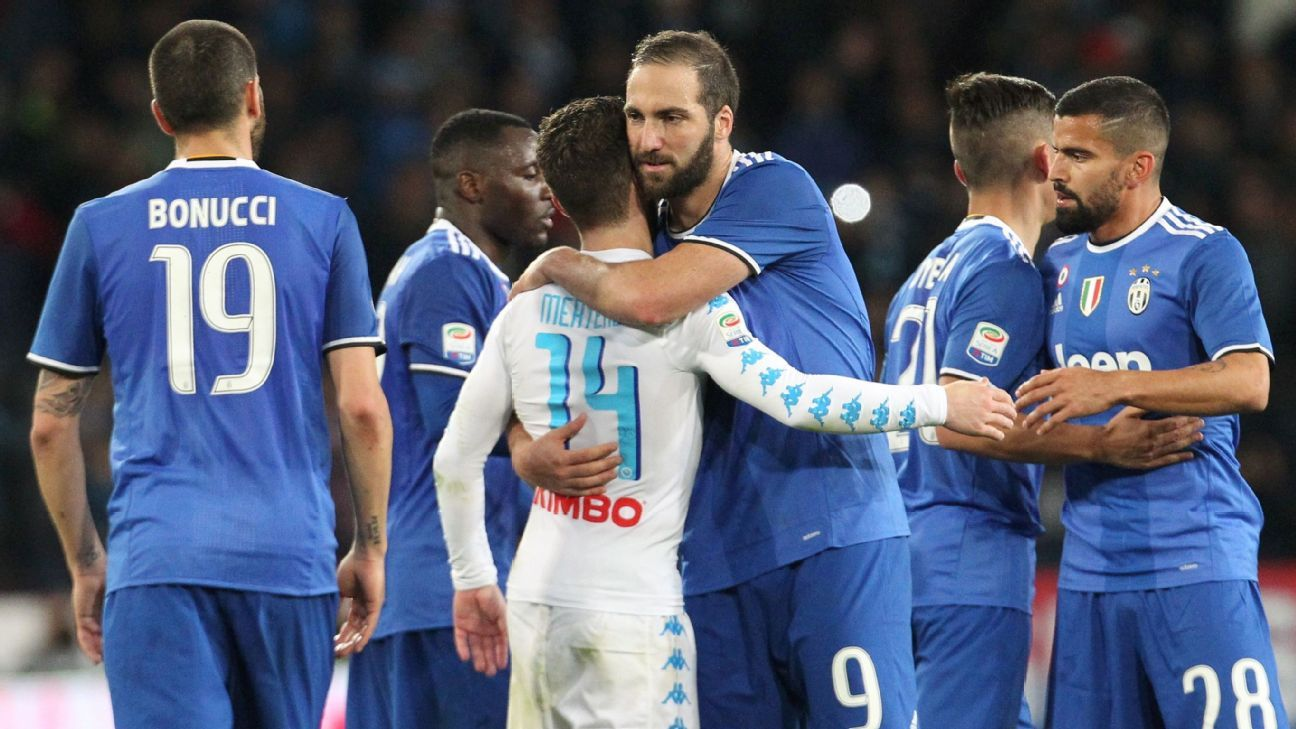 Gonzalo Higuain returned to Napoli for the first time since leaving last summer.