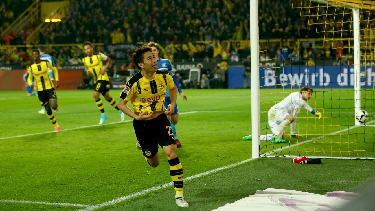 Shinji Kagawa scored Dortmund's second goal of the night.