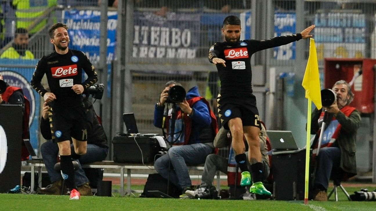 Lorenzo Insigne celebrates after scoring in Napoli's 3-0 win against Lazio.