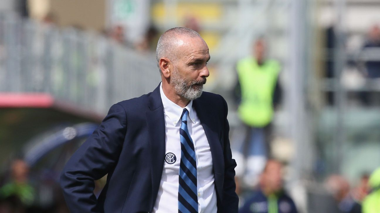 Inter Milan back coach Stefano Pioli after 'unacceptable' defeat