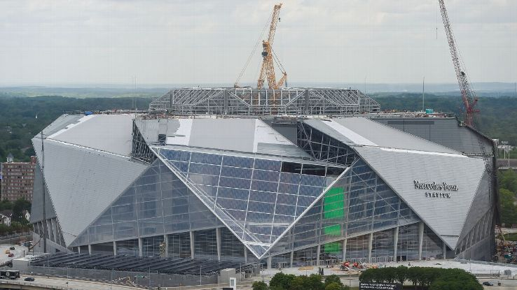 Atlanta united 39 s debut at mercedes benz stadium delayed for Mercedes benz stadium calendar