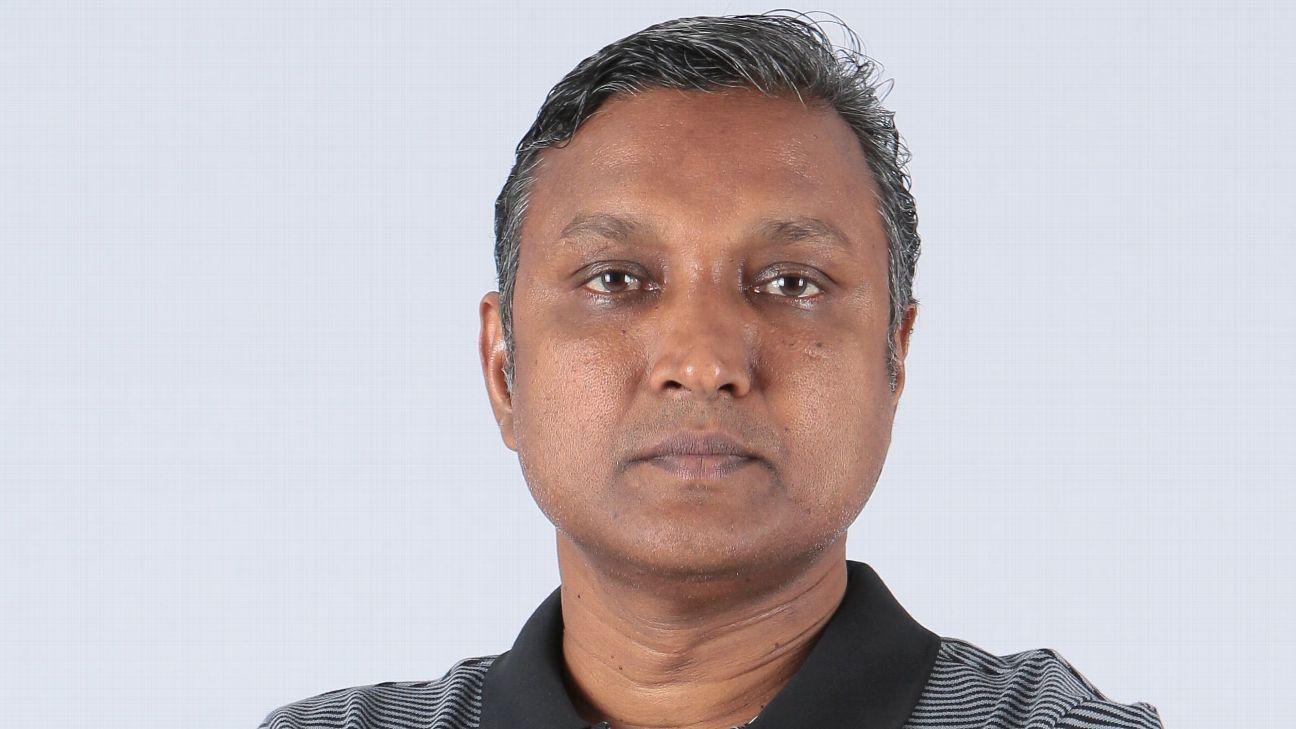 Singapore head coach V. SundramoorthyE