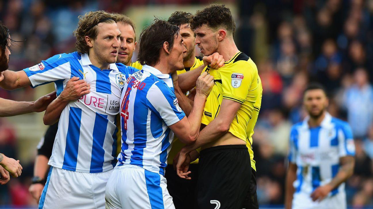Huddersfield discipline vs Albion 170401