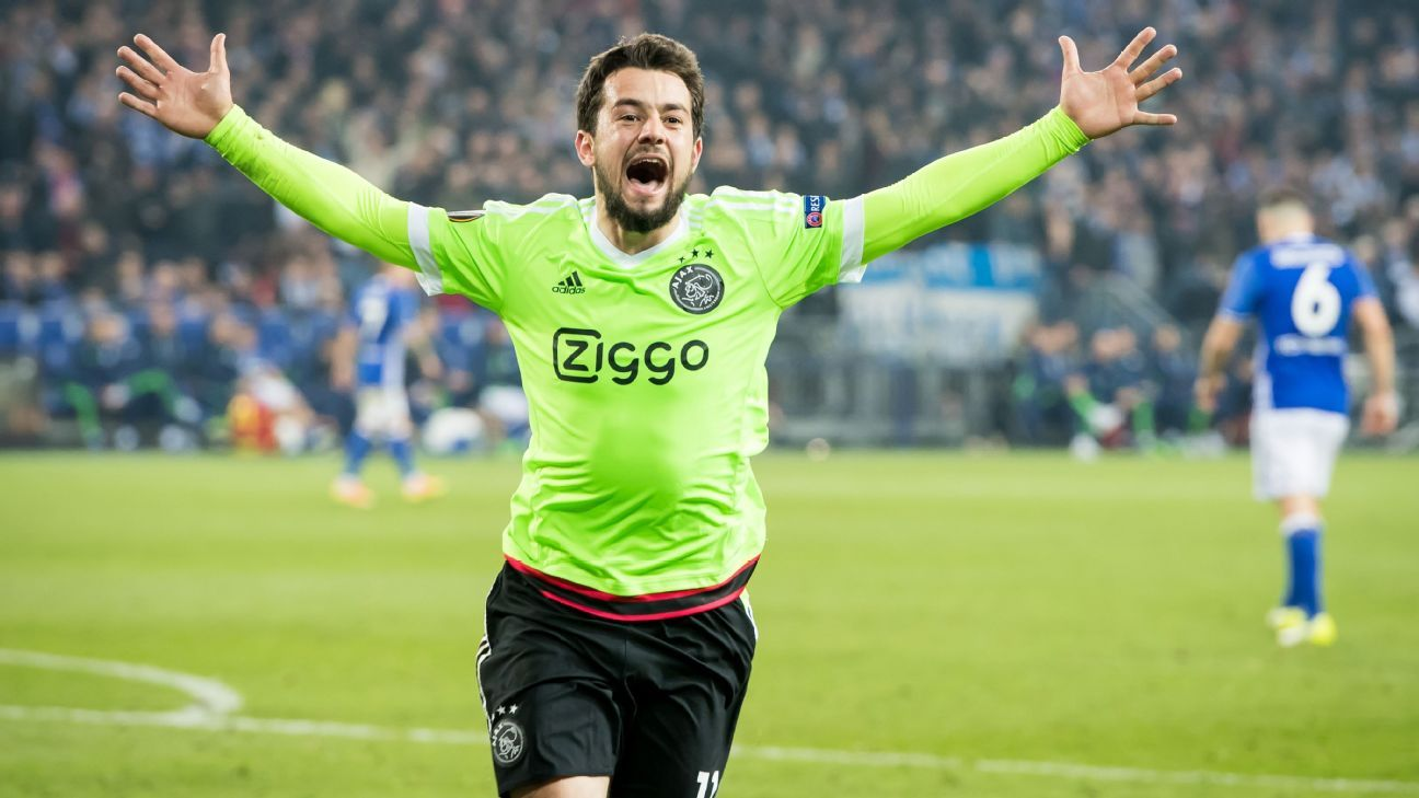 Amin Younes celebrates his goal in the 120th minute on Thursday.