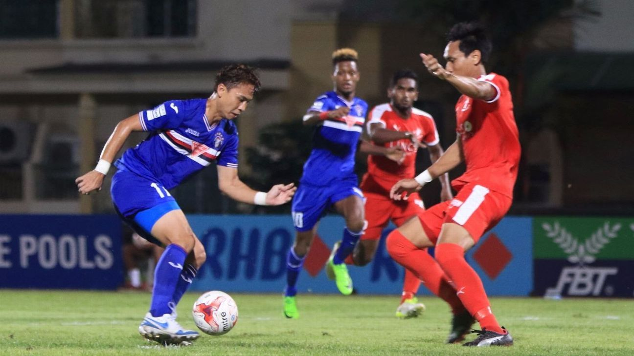 Warriors FC v Home United in S.League