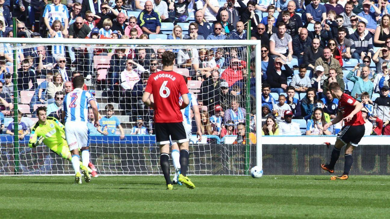 Fulham goal v Huddersfield 20170422
