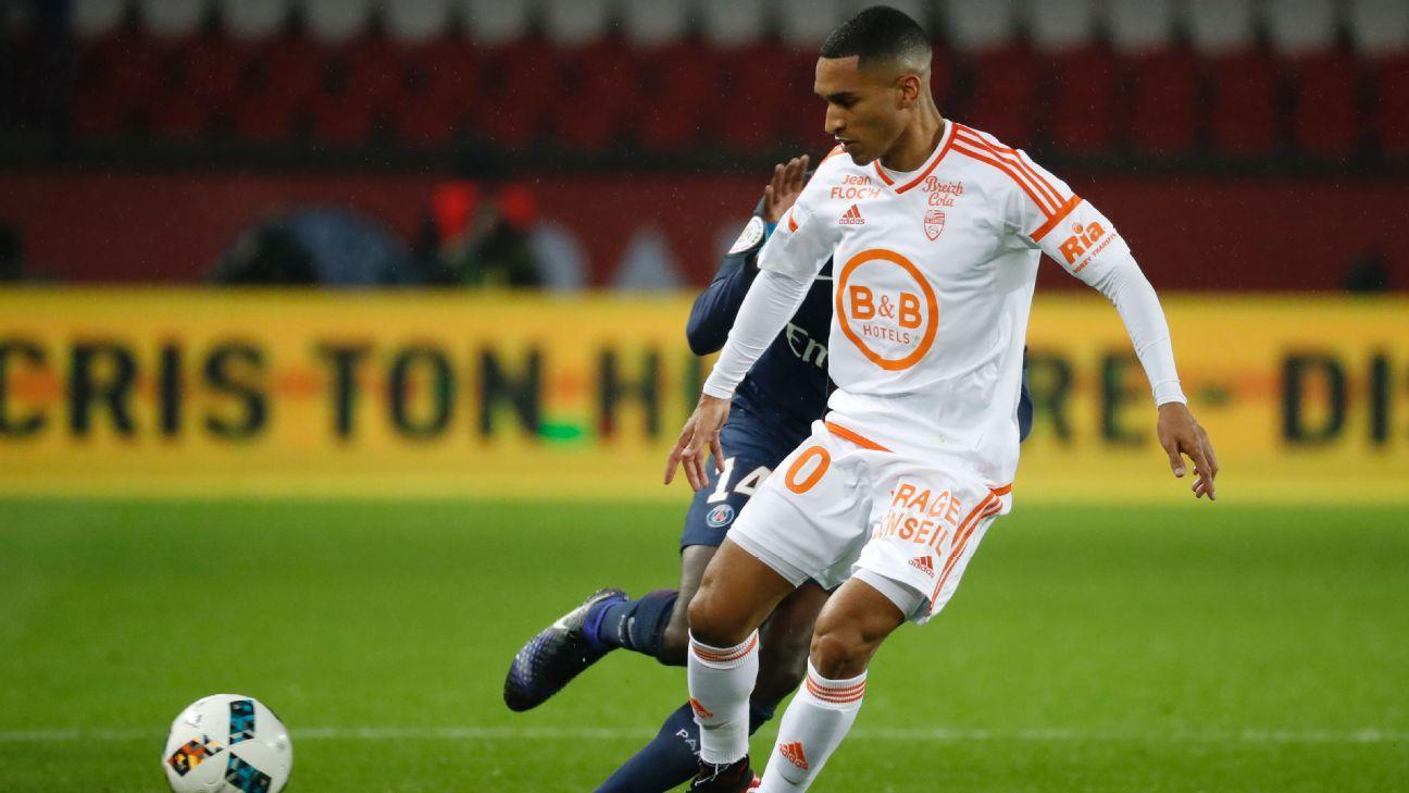Lorient midfielder Sylvain Marveaux arrested in tax fraud probe