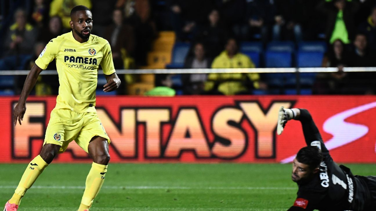 Cedric Bakambu of Villarreal