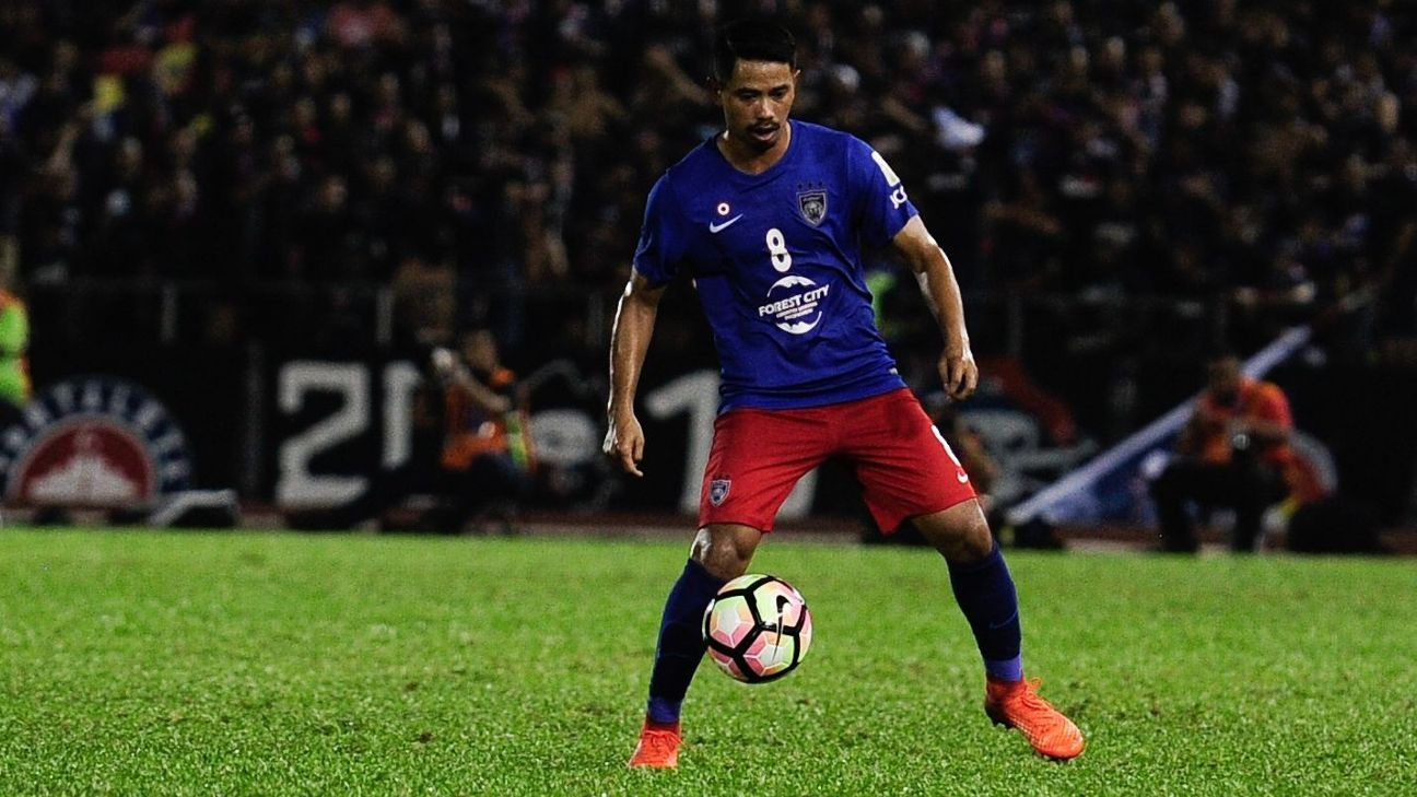 Johor captain Safiq Rahim in action
