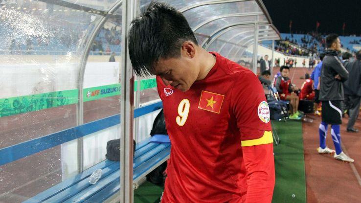Vietnam striker Le Cong Vinh retires