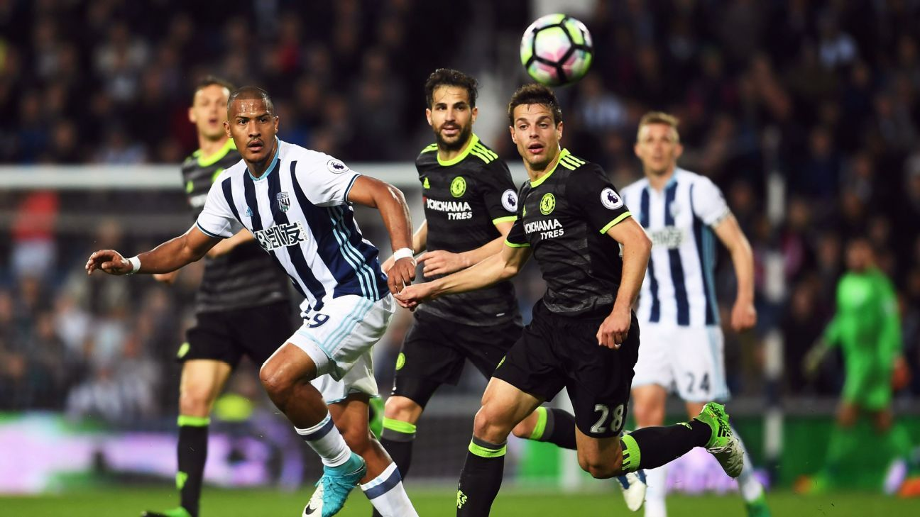 WEST BROMWICH, ENGLAND MAY 12Jose Salomon Rondon of West Bromwich Albion heads the balll on during the Premier League match between West Bromwich Albion and Chelsea at The Hawthorns on May 12, 2017 in West Bromwich, England.