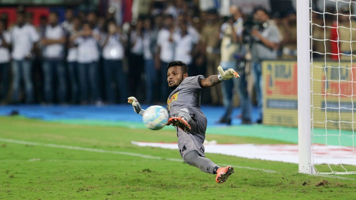 Debjit saves a penalty during the ISL final in 2016.
