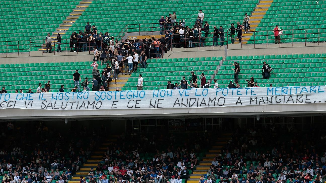 Inter Milan fans leave the Serie A game against Sassuolo early in protest at the club's poor form.