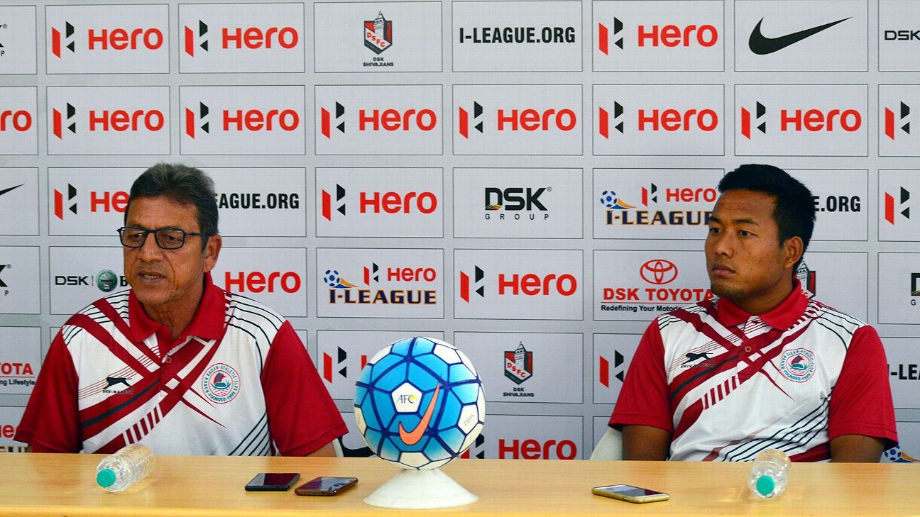 Sanjoy Sen (left) took over as the Bagan coach in 2014.