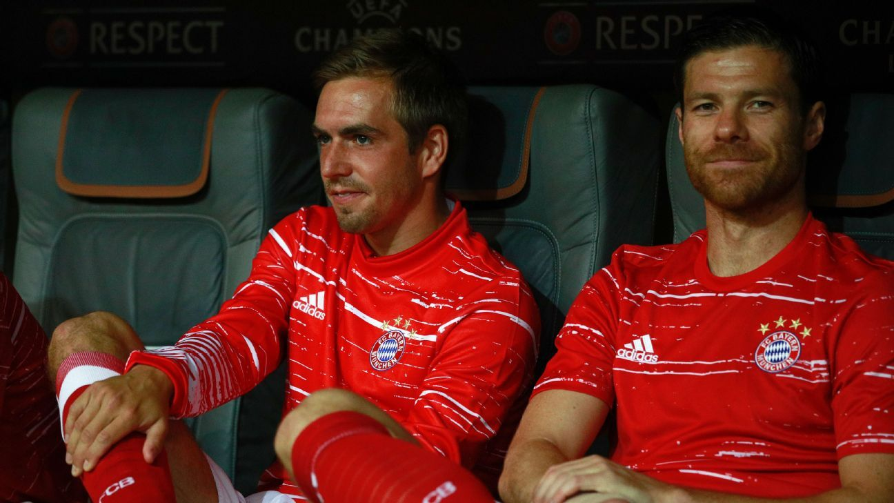 Philipp Lahm and Xabi Alonso will end their playing careers at Bayern Munich.
