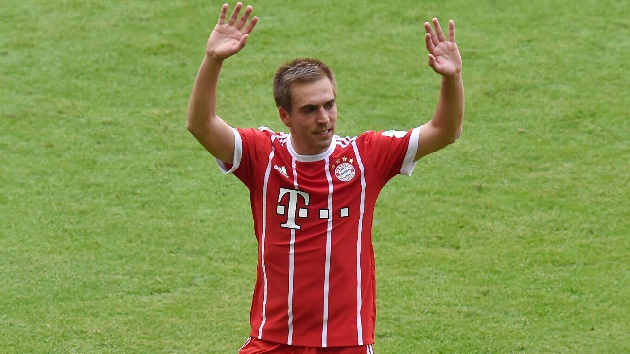 Philipp Lahm is substituted during his final game as a Bayern Munich player.