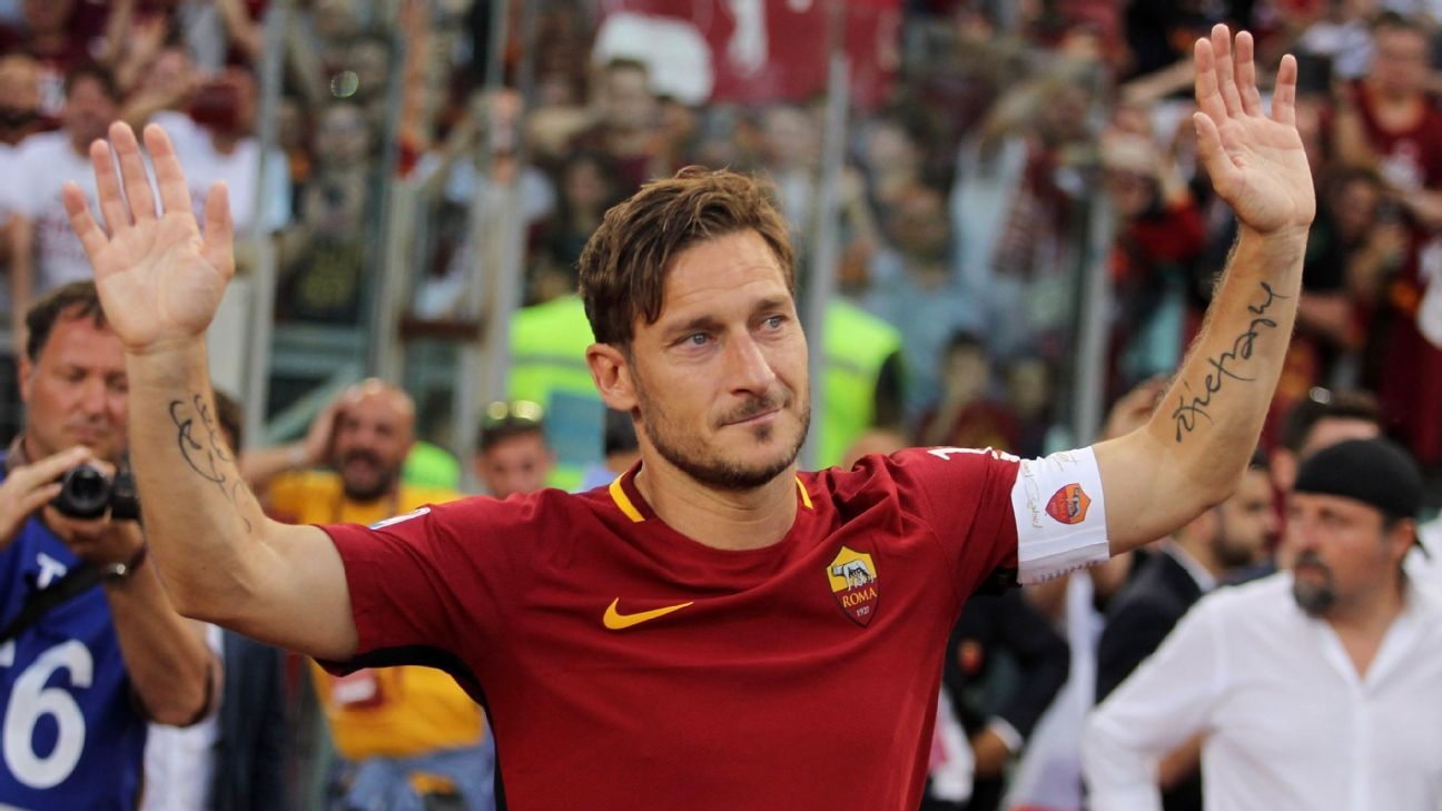 Francesco Totti spent over 20 years as a Roma player.
