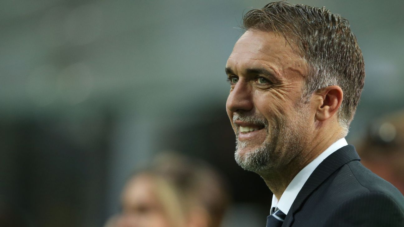 Gabriel Batistuta turns down Adelaide United job after coaching staff setback