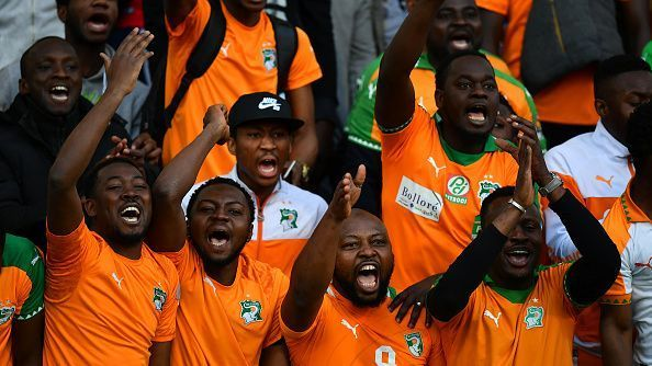 Ivory Coast fans show their support prior to the International Friendly match between the Ivory Coast and Senegal at the Stade Charlety.