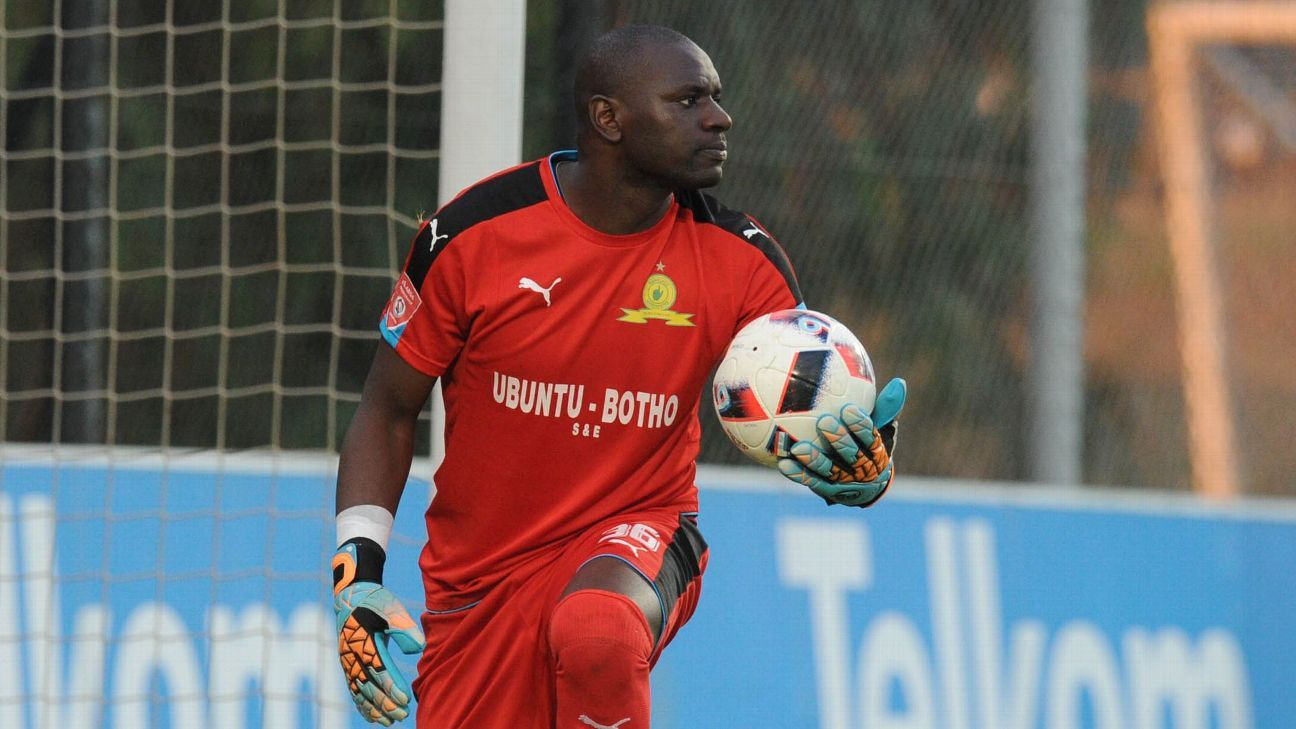 Denis Onyango of Mamelodi Sundowns during the Absa Premiership match between Bidvest Wits and Mamelodi Sundowns on 01 May 2017 at Bidvest Stadium.