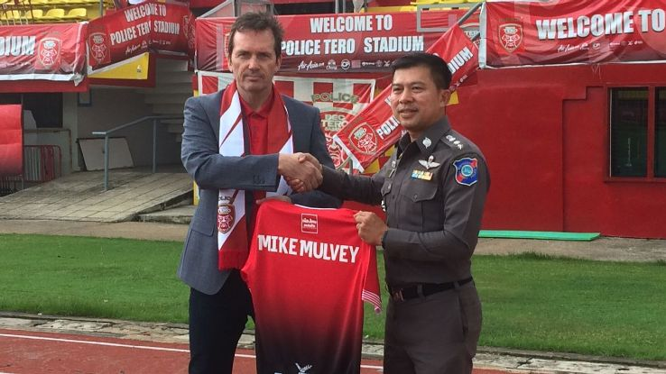 BEC Tero Sasana coach Mike Mulvey