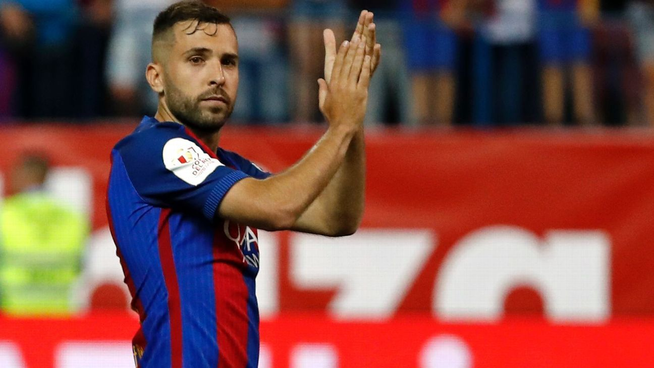 Jordi Alba out for Barcelona against Olympiakos after picking up