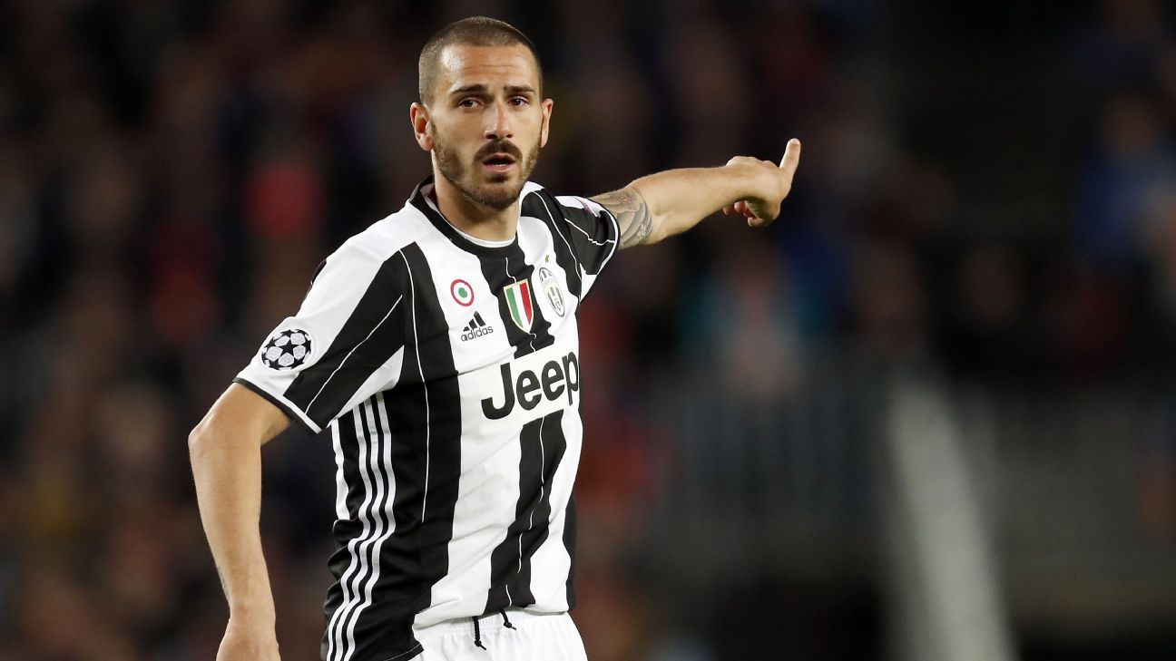 Leonardo Bonucci during the UEFA Champions League quarterfinal match between Barcelona and Juventus on April 19, 2017 at the Camp Nou stadium in Barcelona, Spain. (Photo by VI Images via Getty Images)