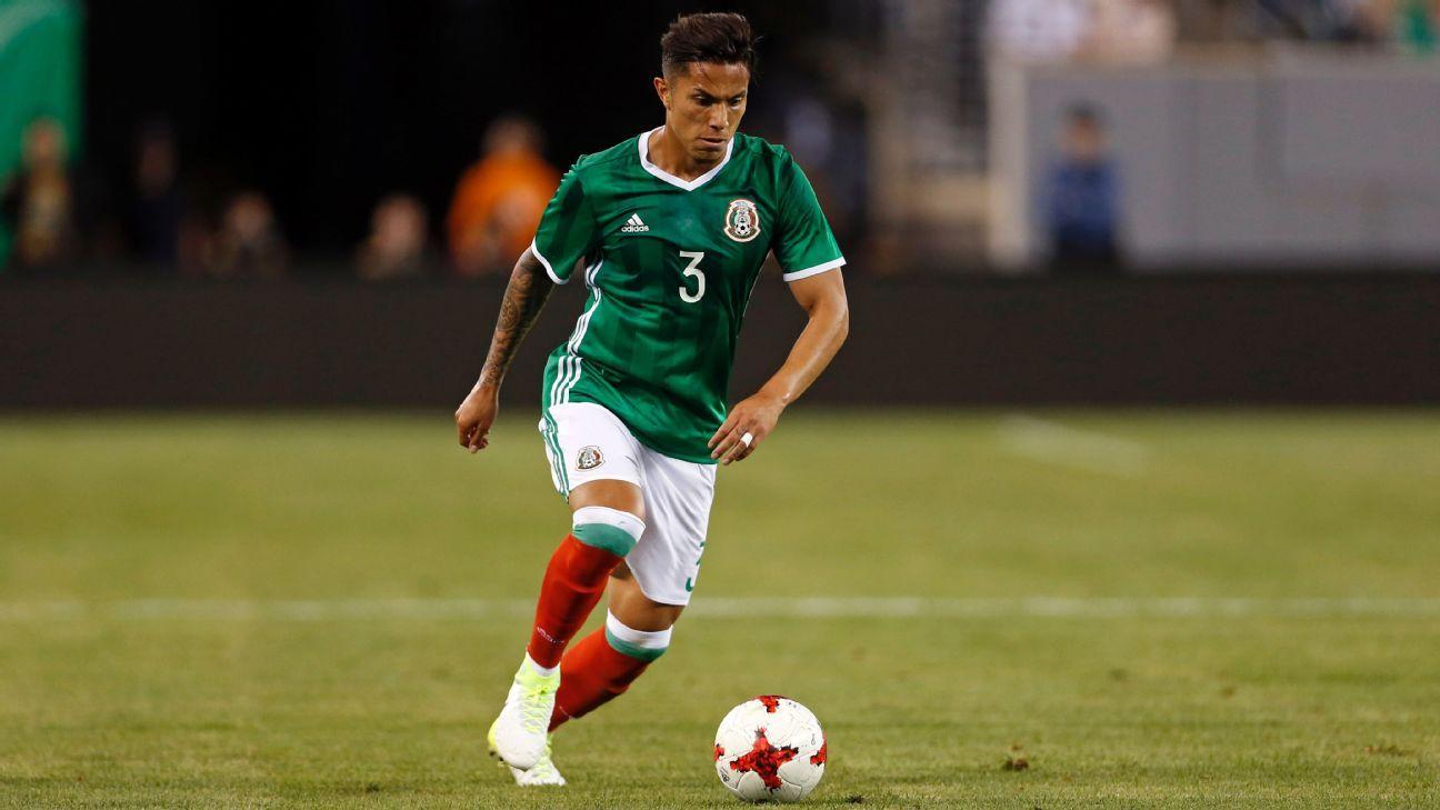 Salcedo injured vs Honduras 170608