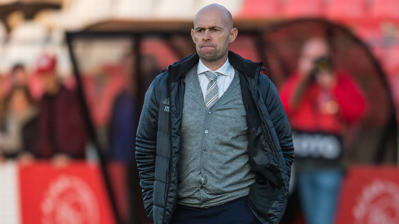Marcel Keizer has been promoted to manager of the Ajax senior side after a season in charge of Jong Ajax.