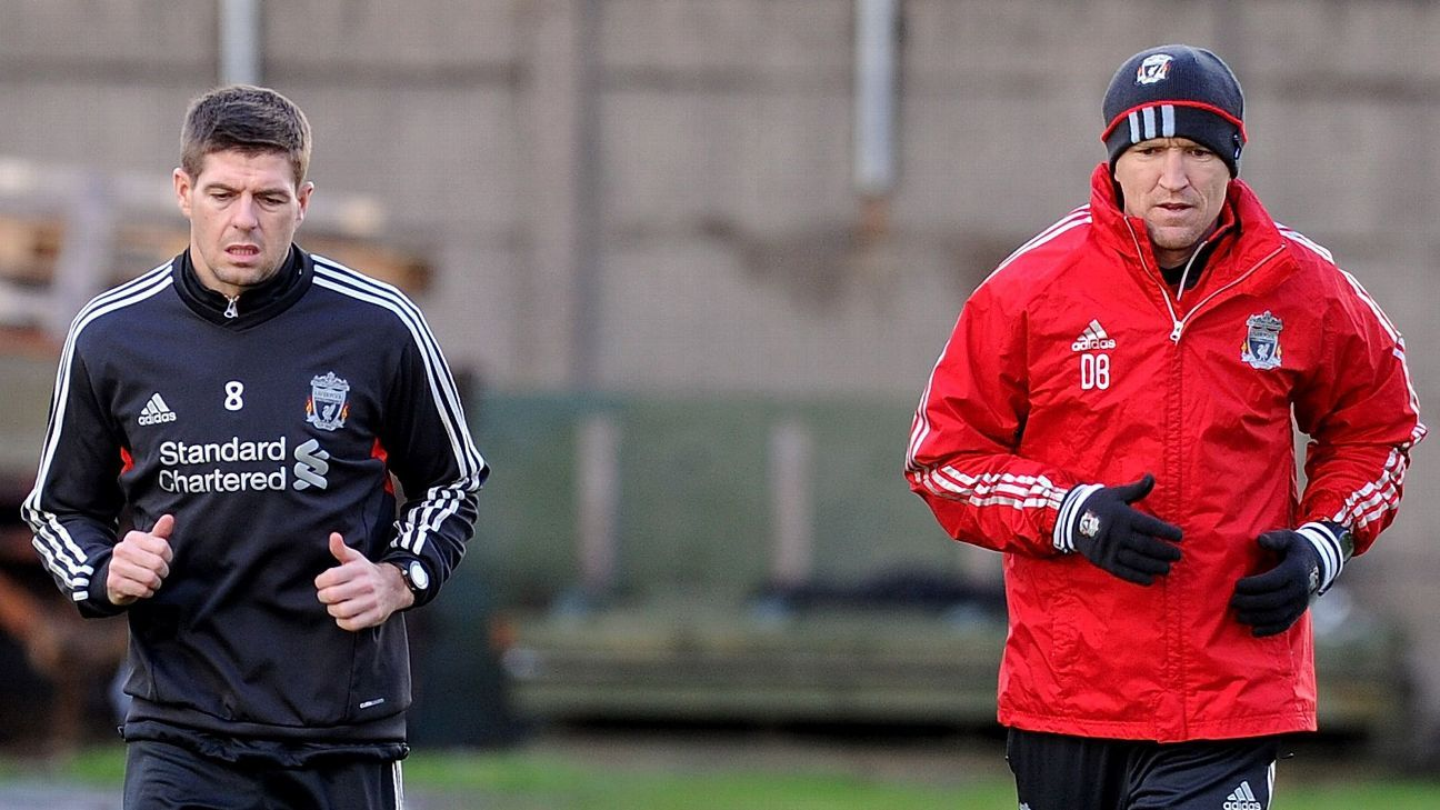 Darren Burgess in Liverpool training with Steven Gerrard in 2011.