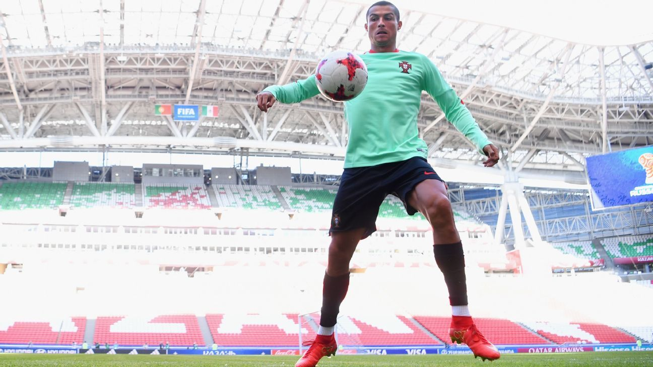 Cristiano Ronaldo warms up ahead of Portugal's Confederations Cup match vs. Mexico in Kazan