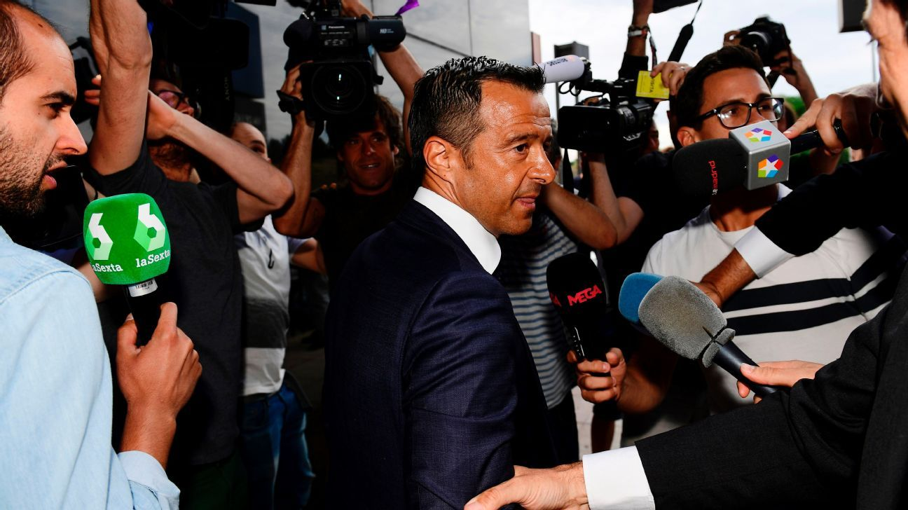 Jorge Mendes, surrounded by journalists, arrives at the Court in Pozuelo de Alarcon on June 27, 2017.