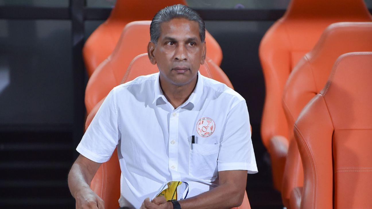 Felda United boss B. Satianathan offers his watch to MSL referee