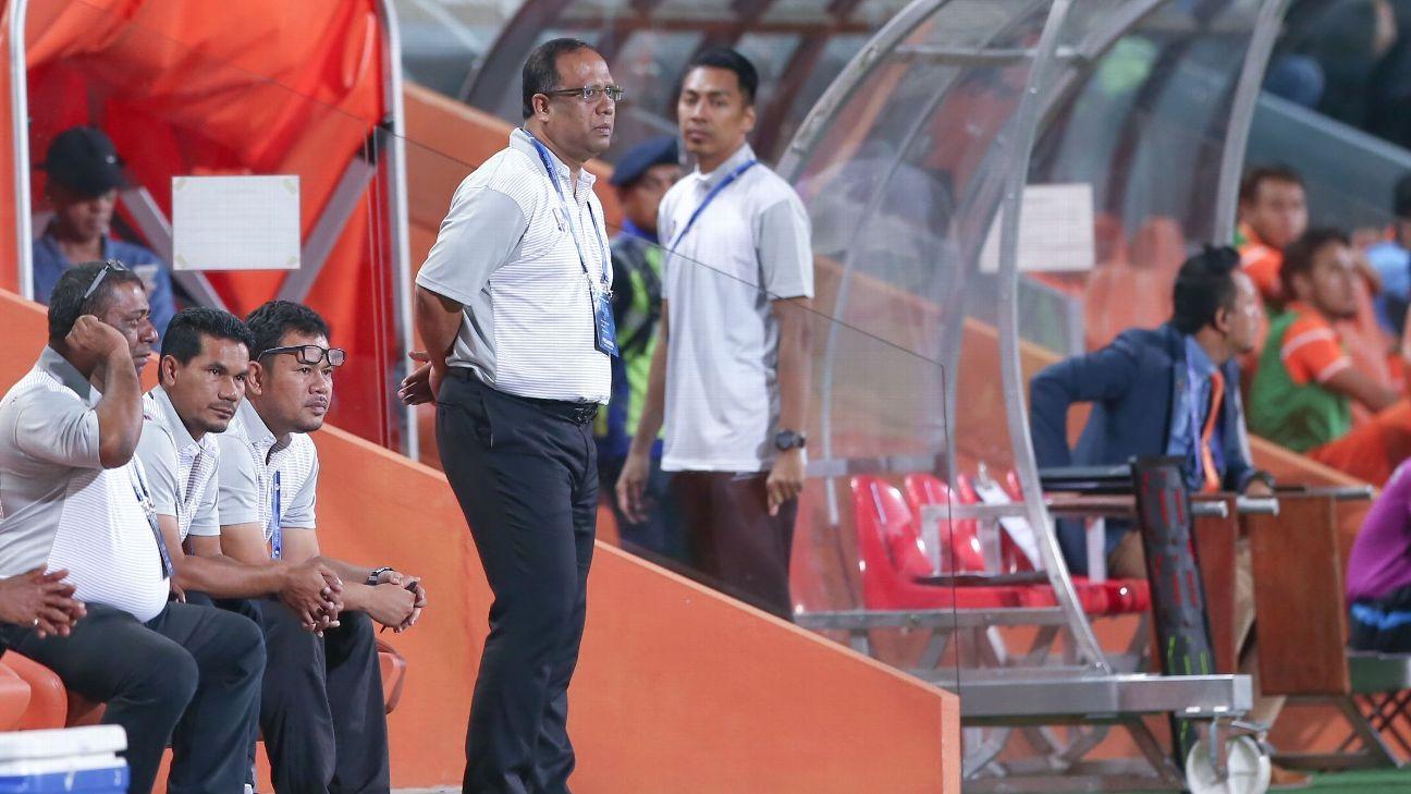 Pahang head coach, Dollah Salleh