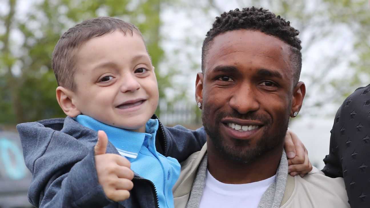 Bradley Lowery and Jermain Defoe.