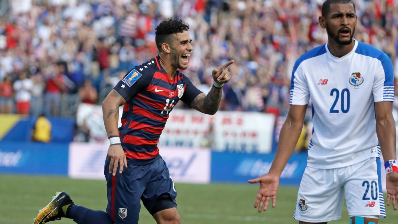 Dom Dwyer celebrates after converting a Kellyn Rowe assist for a goal against Panama.