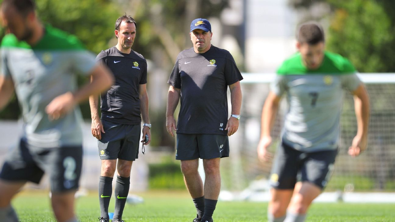 Aurelio Vidmar and Ange Postecoglou in 2014