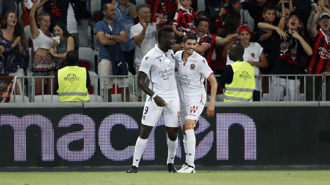 Balotelli celeb vs Ajax 170726