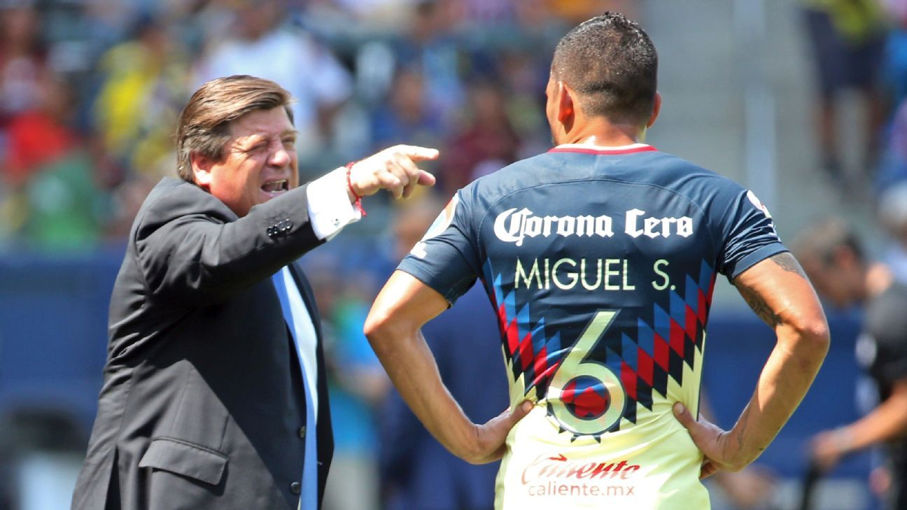 Miguel Herrera and America will look to make a run at the title in his second season back in Mexico City.