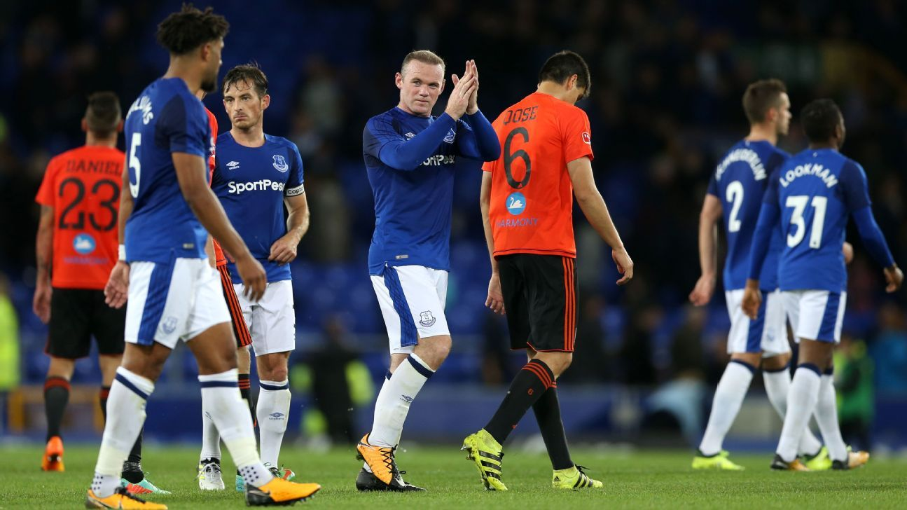 Everton's Wayne Rooney applauds the home fans after the final whistle after a Europa League win against Ruzemberok.
