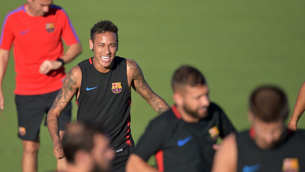 Neymar training
